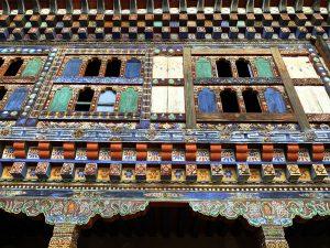 Внутри эпической работы по спасению дворца Вангдючхиллинга Бутана.